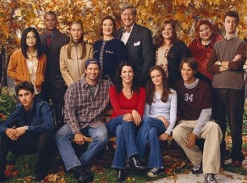medium_gilmore-girls-cast.jpg